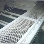 конструкция из Антивандальной сетки в промышленности